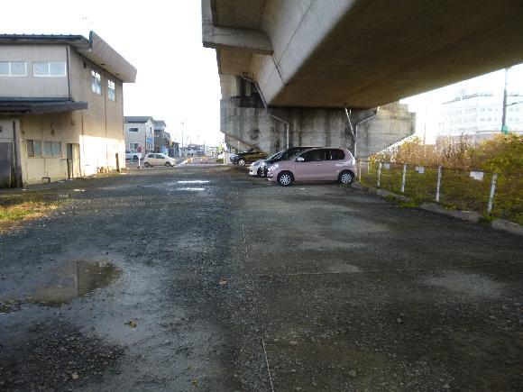 【予約制】タイムズのB 矢幅駅北高架下駐車場 image
