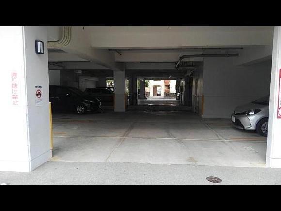 【予約制】タイムズのB 東洋館小禄駐車場 image